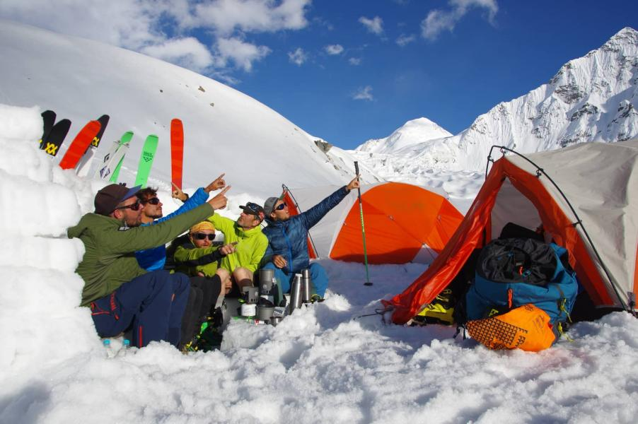 Alpinism_in_Tharang_peak_David_Gouel.jpg