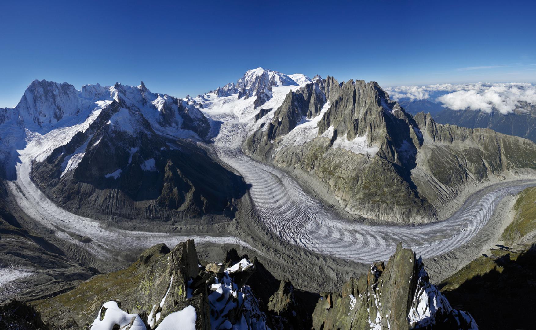 Mer_de_glace_Chamonix.jpeg